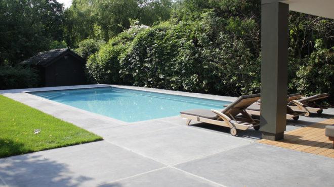 Zwemvijver of zwembad: De verschillen afgewogen
